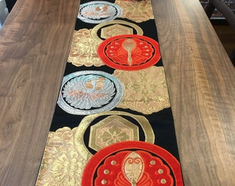 Table runner antique Japanese Sash