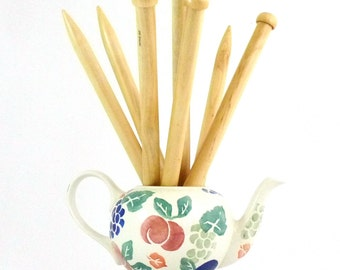Chunky Bamboo Knitting Needles 10mm & 12mm (35cm)