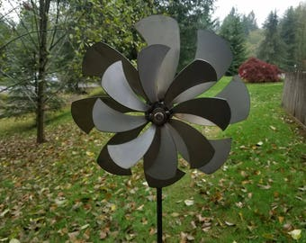 Double Blade Wind Spinner             Metal Kinetic Spinning            Windmill USA Dual Whirligig Spin