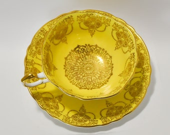 Paragon Wide Mouth Yellow Gold Teacup Saucer Fine Bone China England