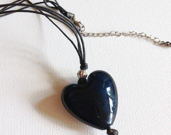 Necklace - very pretty blue glass heart pendant necklace