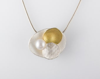 18k Gold and Silver Lilly Pad with Pearl