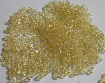 seed beads yellow Topaz (5 g) Reflection (R142)