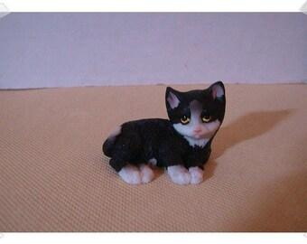 Fairy Garden Resin Cat/Lounging*/Minis /Supplies*