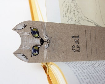 Paper bookmark/ Cat Bookmark/ gift for girl and girlfriend/ funny gift book lover/ gift cat lover/ pet/ cat animal/It is painted by hand.