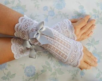 Wedding Gloves with grey bow Bridal Gloves Elegant Gloves Prom Gloves in white lace fingerless bridal gloves grey wedding accessories
