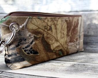 Zipper Pouch Clutch Wallet - Long Wallet - Cell Phone Wallet - Errand Runner - Evening Bag -  Real Tree - Camo