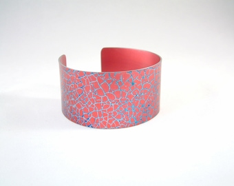 Anodized cuff bracelet in anodised aluminium red and blue 3 cm wide aluminum jewelry jewellery