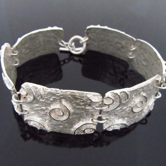 Newgrange Spiral Bracelet - Sterling Silver Triskele Bracelet - Free Shipping worldwide - Handmade in Ireland