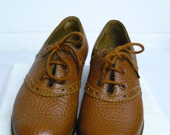 Vintage walking shoes