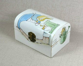 Peter Rabbit Keepsake Box Treasure Chest perfect Baby Shower Gift with Free Gift Wrapping!