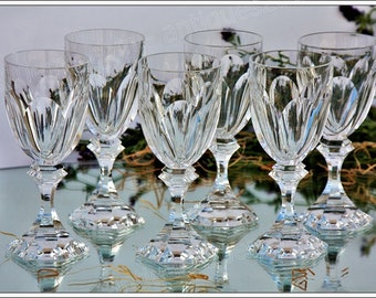 Set of 6 Burgundy wine glasses in St. Louis crystal Chambord model
