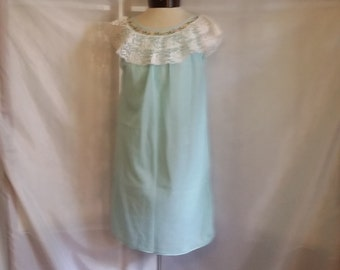 SHOP CLOSING 70% OFF Vintage 60s night gown Paramount blue nylon nightgown light blue nightie lace nightgown vintage clothing size Small