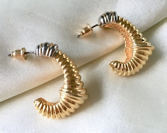 Vintage 80s Chunky Gold and Silver Tone Ribbed Half Hoops,Two Tone Studs Hoops,Statement Earrings,Large Polished Gold Tone Half Hoops