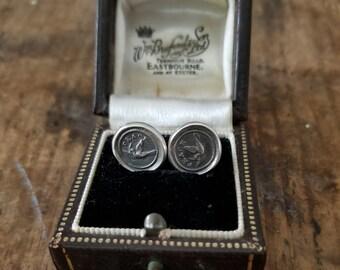 Peace Stud earrings - Dove Wax seal earrings - 235EAR