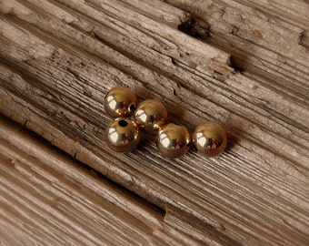 8mm Round Smooth 14kt Gold Filled Vintage Beads.  5 Pieces.