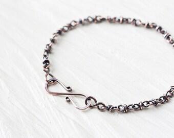 Dainty copper bracelet, minimalist copper infinity bracelet, handcrafted copper chain bracelet, wire wrapped artisan copper jewelry