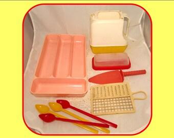 Random LOT of Vintage Plastic Kitchen Items, Butter Dish, Flatware Holder, Pitcher, Utensils, some by Lustro Ware, 50s