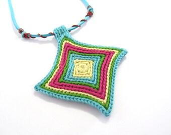 Crochet necklace,fiber necklace,crochet medallion,rhombus pendant,crochet jewelry,folk,boho,vegan,gift for her,spring,summer,turquoise,green