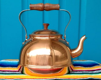 FREE SHIPPING-Vintage Shiny Copper Tea Kettle/Teapot-Like New-Made in Portugal-Mid Century-Bohemian-French Country-Farmhouse-Kitchen Decor
