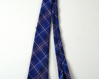 Vintage 1970s  Lloyds Baratex Wrinkle Proof Wool Tie
