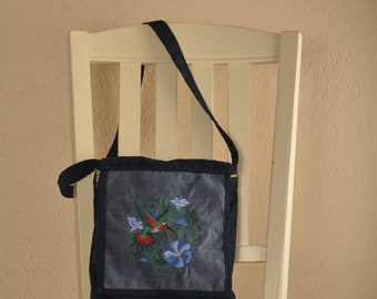 Embroidered Hummingbird Sasha purse