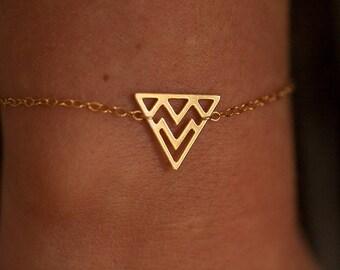 Bracelet triangle gold filled