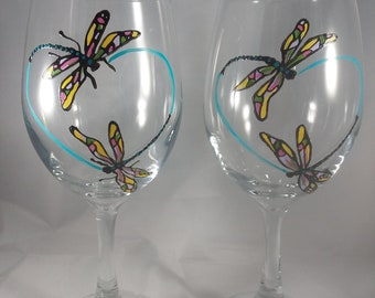 Set of 2 Hand painted Dragonfly Heart Wine Glasses