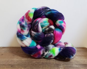Superwash Targhee- USA- Organic- combed- wool top- roving- 4oz- Hand Painted-Hand Dyed- A Little Voodoo