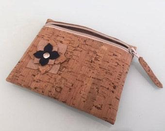 Coin purse handmade, Brown zipper pouch // Portuguese Cork