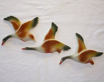 FLYING WALL DUCKS , great retro decoration