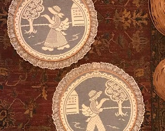 Lovely pair of country lace wall hoop art, wall decor, embroidery hoop art