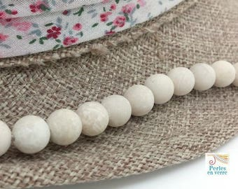10 pearls 8mm frosted cream fossil stone (pg226)