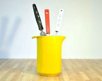 Mid Century Mod Yellow Rosti Pitcher Designed by Erik Lehmann Melamine Utensil Storage Batter Dispenser Denmark