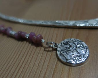 Metal space bookmark with mountain scenery pendant and gemstones