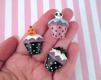 3 Halloween Cupcake Cabochons #900