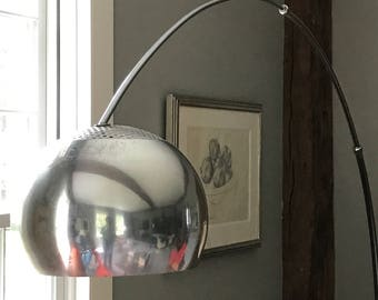 Large Vintage Arc Lamp With Cast Steel Base And Telescoping Arm