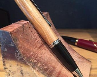 Gatsby: Bethlehem olive wood pen with black and chrome