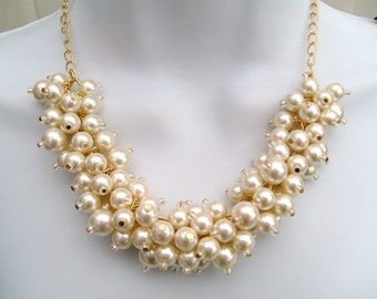 Set of 4 - Chunky Pearl Beaded Necklace, Bridal Jewelry, Gold Plated Bridesmaid, Cluster Necklace, Chunky Necklace, Custom, Ivory Pearls