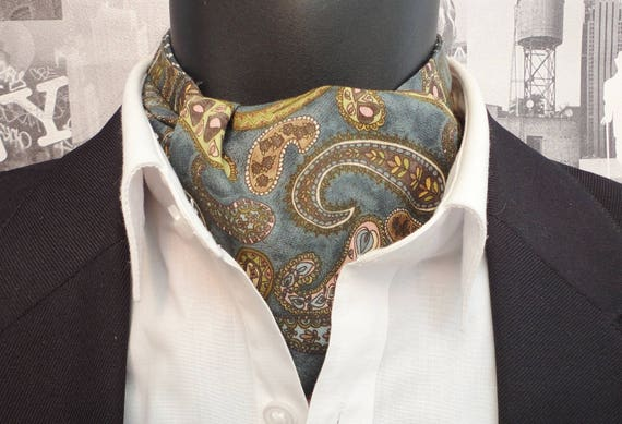 Paisley cravat, paisley ascot, cravats for men, paisley design on a grey/green background, reversible cravat