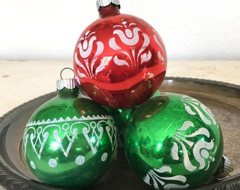 green and red shiny brite christmas ornaments - vintage glass tree decorations with white accents - shabby cottage chic