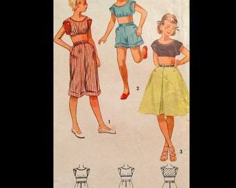 Vintage 40s 50s Cuffed Bermuda Shorts Capris Pleated Skirt Bra Top Girl's Sewing Pattern 2193 B32