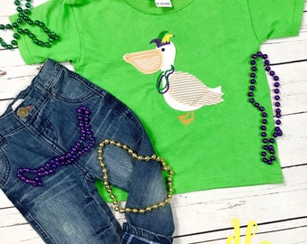 Pelican Mardi Gras Tee, applique, toddler tee, pelican, mardi gras, purple, green, yellow, beads