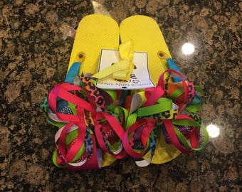 Ribbon wrapped layered bow flip flops size 3-4 with crystals