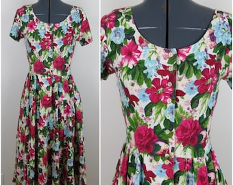 Vintage 80s/90s Floral Knit Shirtdress with Full Skirt - Expo Petite - Bust 34 (B1)