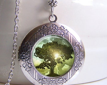 Locket, Tree Of Life, Photo Locket, Tree Pendant, Antique Silver Art Locket