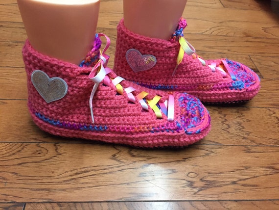 Crocheted sneakers heart 8 rainbow house heart tennis slippers slippers 286 Womens sneakers slippers 10 shoes heart rainbow sneaker shoe RaRPYvr