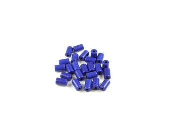 1 strand of approximately 60 beads in dark blue synthetic Turquoise column approximately 6 x 4mm
