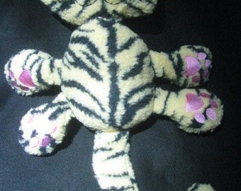 Tigre la peluche Kitty