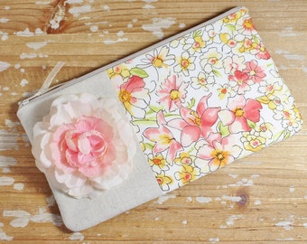 Linen and Floral Clutch- Wristlet - Bridesmaid Clutch - Wedding Party - Mothers Day